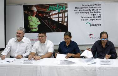 during the signing ceremony to manage the waste of local government partners in iligan city and lugait misamis oriental