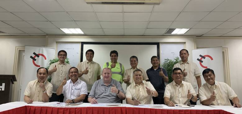 holcim philippines and dcaci officials sign a supply agreement in davao last april
